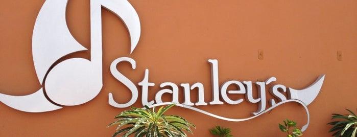 Stanley's is one of Lieux qui ont plu à Janet.
