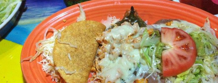 Los Tres Mexican Restaurant is one of Orte, die Jordan gefallen.