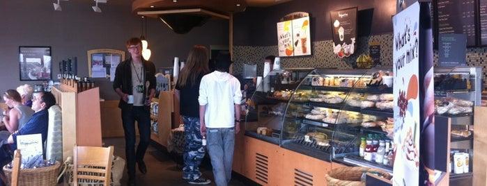 Starbucks is one of Lieux qui ont plu à Андрей Тимофеев.