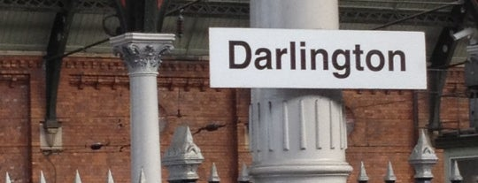 Darlington Railway Station (DAR) is one of Orte, die Carl gefallen.