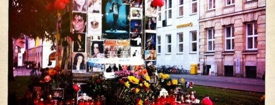 Michael-Jackson-Denkmal is one of Munich Loves U #4sqCities.