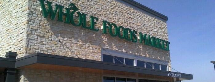 Whole Foods Market is one of Lieux qui ont plu à Melissa.