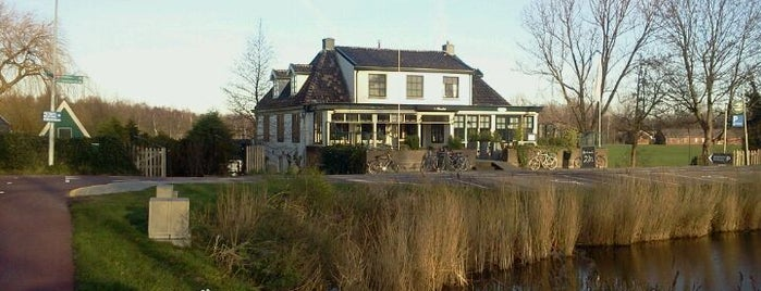 Café Brasserie Het Heerenhuis is one of Tempat yang Disukai Emre.