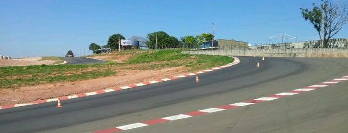 ECPA - Autódromo is one of Manoel'in Kaydettiği Mekanlar.