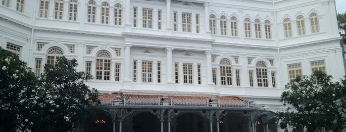 Raffles Hotel is one of Singapore/シンガポール.