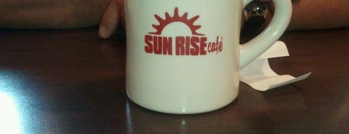 Sunrise Cafe is one of Annette'nin Beğendiği Mekanlar.