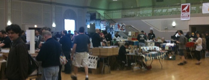CHIRP Record Fair is one of Love.