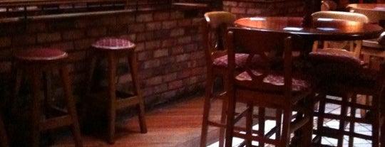 Farhnam Arms Bar is one of Lugares favoritos de Sharon.