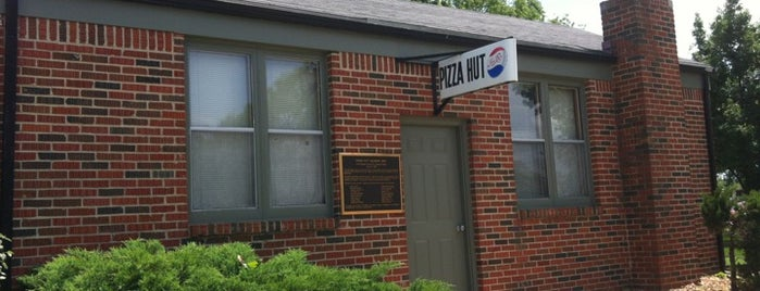 Original Pizza Hut Museum is one of Pizza.