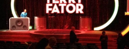 Terry Fator Theatre is one of Lieux qui ont plu à Laura.