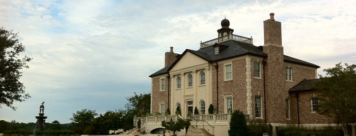 Fountainview Mansion is one of Best Places to Check out in United States Pt 1.
