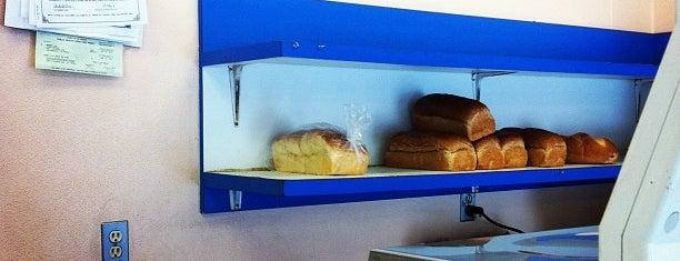 Eilat Bakery is one of Locais salvos de Paresh.
