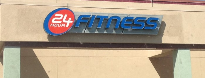 24 Hour Fitness is one of Vickye 님이 저장한 장소.