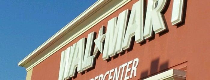 Walmart Supercenter is one of สถานที่ที่ Mark ถูกใจ.