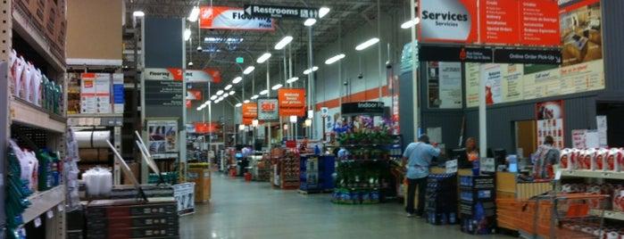 The Home Depot is one of Locais curtidos por Virginia.