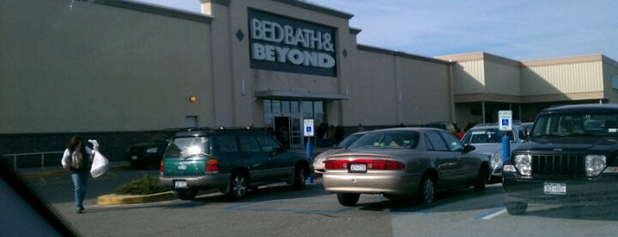 Bed Bath & Beyond is one of To do.
