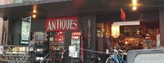 Seattle Antiques Market is one of Seattle.