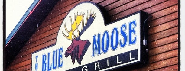 Blue Moose Bar & Grill is one of Minnie.