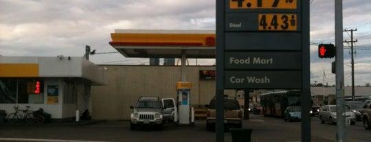Shell is one of Locais curtidos por Drew.