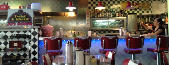 Greg and Amy's Twist and Shout 50's Diner is one of Tempat yang Disukai Lance.