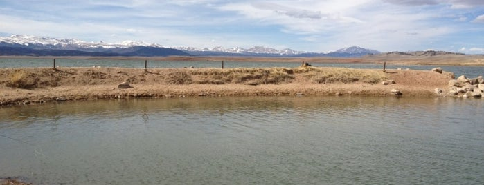 Antero Reservoir is one of 14ers.