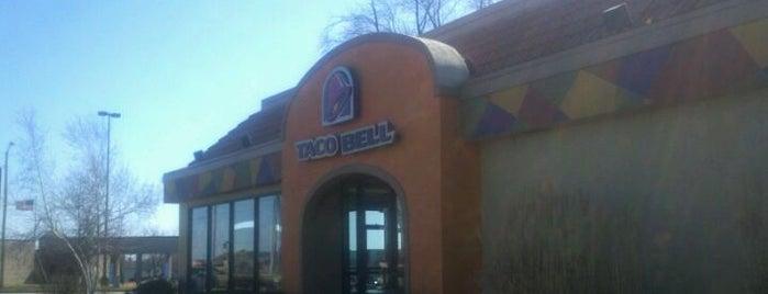 Taco Bell is one of Lieux qui ont plu à Dana.