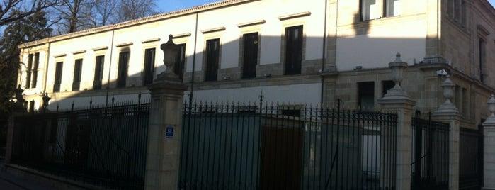 Parlamento Vasco / Eusko Legebiltzarra is one of Vitoria-Gasteiz para visitantes.