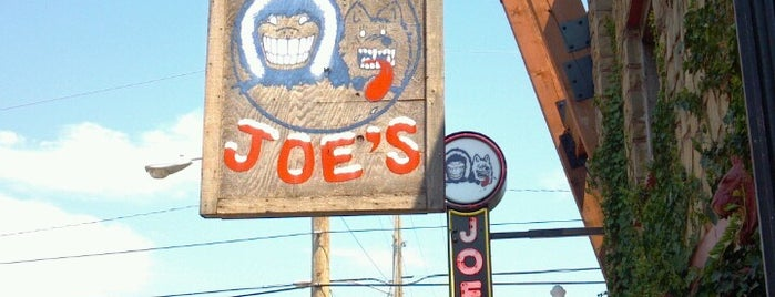 Eskimo Joe's is one of Lieux qui ont plu à Wednesday.