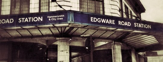 Edgware Road London Underground Station (Circle, District and H&C lines) is one of Nicolas 님이 저장한 장소.