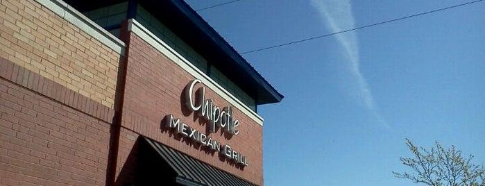 Chipotle Mexican Grill is one of Posti che sono piaciuti a Mark.