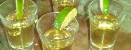 Salena's Mexican Restaurant is one of Posti che sono piaciuti a Mark.
