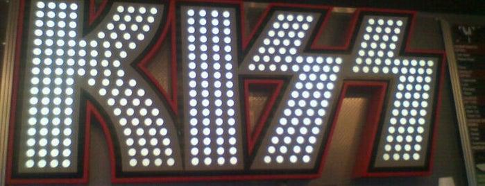 KISS Coffeehouse is one of Mike 님이 좋아한 장소.
