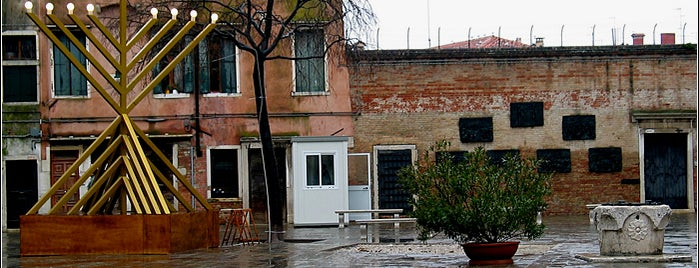 Old Jewish Ghetto is one of Untypical Venice.
