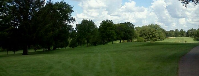 Old Hickory Country Club is one of Rob's Liked Places.