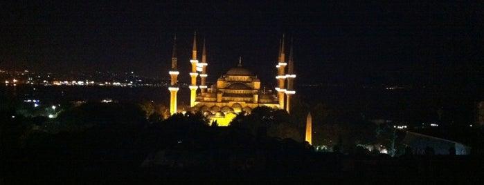 Sultanahmet Meydanı is one of İstanbul Kazan Cadı Kepçe Listesi.