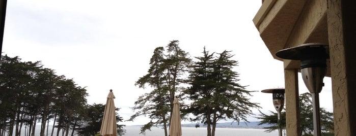 Sanderlings Restaurant is one of Kouros'un Kaydettiği Mekanlar.