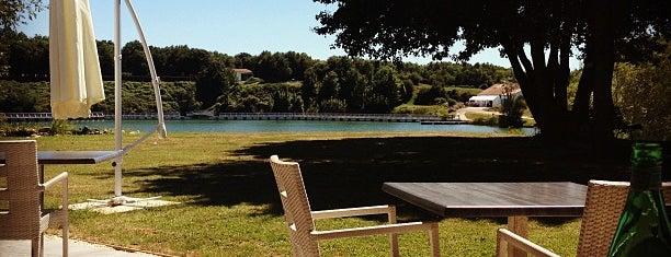 Les Jardins du Lac is one of Lieux qui ont plu à Gabriela.