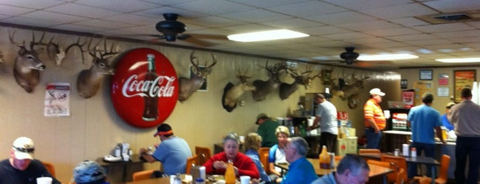 Zimmerhanzel's Bar-B-Que is one of Must-visit BBQ in Texas.