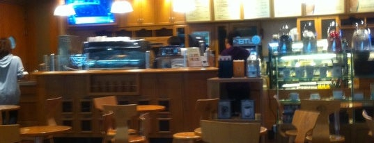 The Coffee Bean & Tea Leaf is one of b ~ check !.
