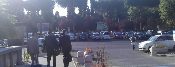 Piazzale del Caravaggio is one of Roma.