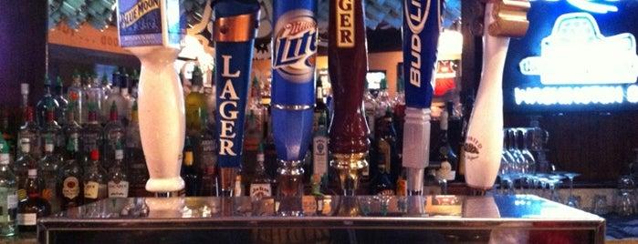 The Greene Turtle Sports Bar & Grille is one of Tempat yang Disukai Rachel.