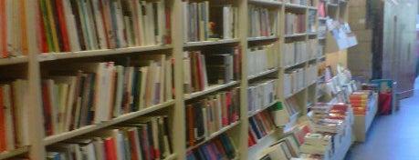 Saltamartí Llibres is one of Top Badalona.