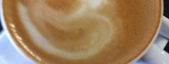 Café Trentino is one of Posti che sono piaciuti a Bruna.