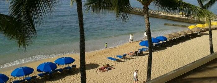 Outrigger Reef Waikiki Beach Resort is one of Hawaii List.