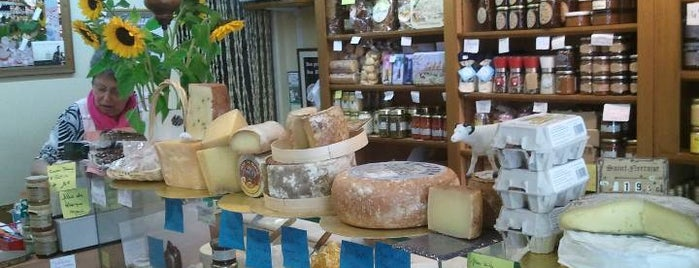 L'Instant Fromages is one of Posti che sono piaciuti a Marc-Edouard.