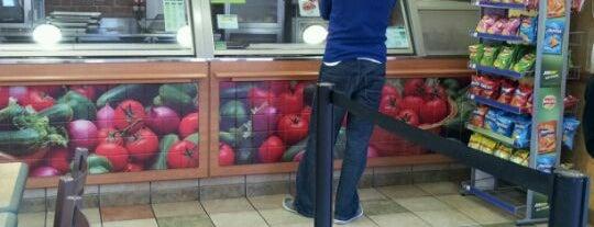 Subway is one of Lugares favoritos de Nick.