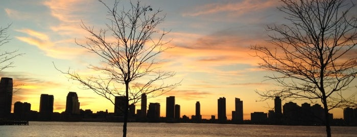 Hudson River Park Run is one of Places to Explore.