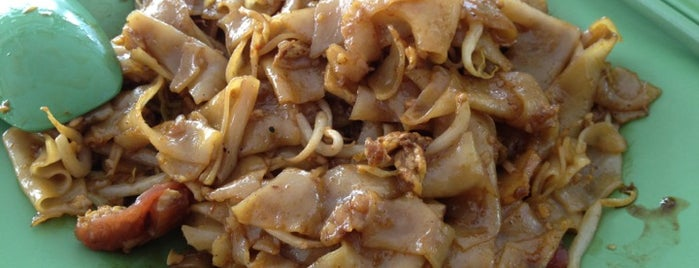 Apollo Fresh Cockles Fried Kway Teow is one of Hawker Stalls I Wanna Try... (3).