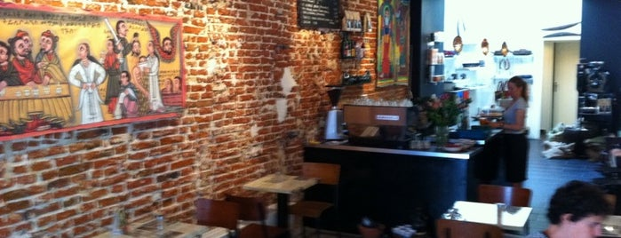 Aksum Coffee House is one of Bons plans Bruxelles.