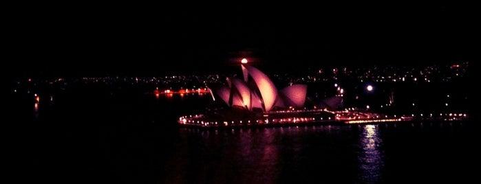 シドニー オペラハウス is one of Australia.
